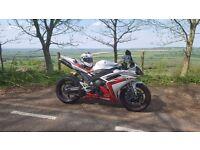 Fantastic Yamaha R1 2007/2008 - very low miles