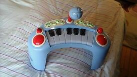 ELC baby piano with microphone