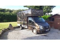 FOR SALE: 3.5t Horsebox with Separate Overnight Living