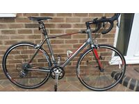 Giant Defy 5 2014 Gents. Size M/L Only Used Twice! Immaculate condition.