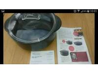 Pampered chef 3.8l rockcrok Dutch oven