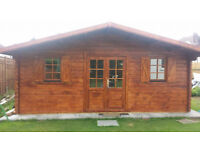 44 mm, 19 x 16' (6 x 5 m) Log Cabin. 18 mm roof and floor boards