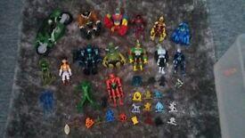 30 assorted ben 10 figures