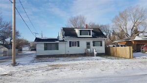 600 Sutherland Ave, Chamberlain, SK - 3 Bedroom Home for Sale!