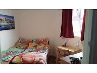 Lovely double room closed to Brixton