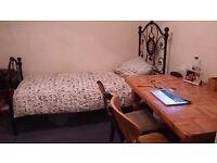 Single Room to Rent in 2 bedroom flat in South Kensington