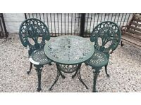 garden furniture / bistro set / cast iron table and chairs / vintage garden salvage / outdoor cast
