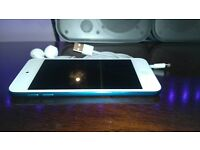 *As New*!!! iPod Touch 5th Generation. Not iphone 4 5 6 7 samsung etc