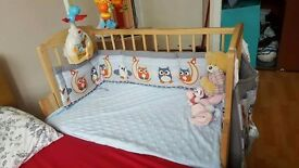 3 in1. Cod bed, beside crib, swinging crib