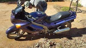 1995 zzr 250 purple looking for offers Peterborough Peterborough Area Preview