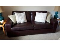 Leather 3 and 2 seater settee's.