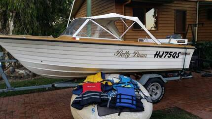 4.4 m easy rider with 60 hp mariner Woongarra Bundaberg City Preview