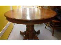 Round dining table,solid oak,extendable,carved,105-150cm,adjust screws,stable, no chairs