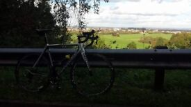 Cannondale supersix road bike for sale. Brilliant condition.