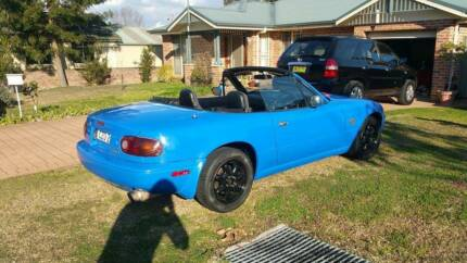 1989 Mazda MX-5 Eunos Roadster Front damage Regentville Penrith Area Preview