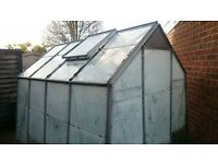 Free, 2 greenhouses in excellent condition