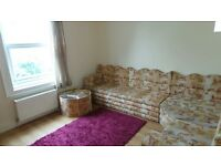 Spacious first floor 2 double bedrooms flat in Seven Kings -- No DSS please