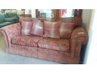 2 seater flowered lounge sofa (good condition)