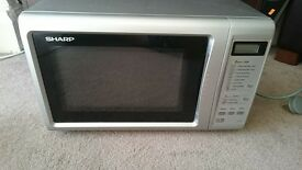 Microwave Sharp - working well, good condition