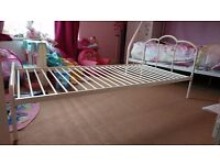 White single metal bed frame for sale 12months old great condition pick up only Middleton