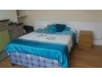 2 rooms available at 6 Aylesbury Road