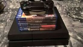 Playstation 4 (PS4) Black - 500 GB - 5 Games - Controller - Power and HDMI Cables
