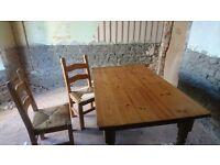 Solid oak table £70 or best offer