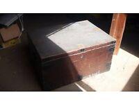 Wooden Kist - Mahogany
