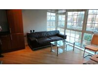 Immaculate condition modern 2 Double bedrooms Purposed built flat in Heart of Romford -- No DSS Plz
