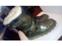 GENUINE KHAKI GREEN UGG BOOTS SIZE 4.5