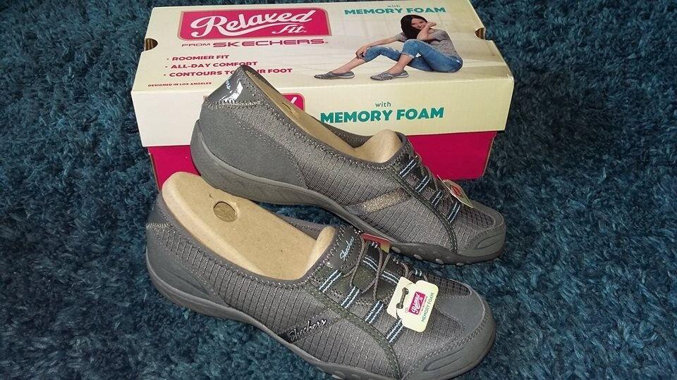 Skechers relaxed fit  Allure  shoes 913bd2de8c