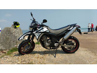 Yamaha XT 660 X supermoto, good condition, starts well, very reliable and so much fun to drive
