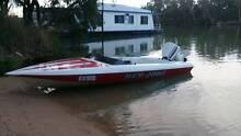 Ski Boat Johnson Outboard Irymple Mildura City Preview