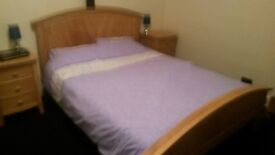 double bedroom with ensuite for a couple or single person in shared house .
