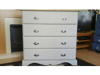 Beautiful Solid Pine Chest of Drawers