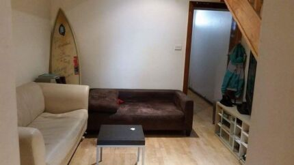 Need 1 Guy to Share a room with another guy in Townhouse Ultimo