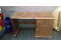pine desk - free delivery