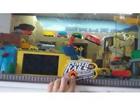 TOYS R US imagination power rails rc