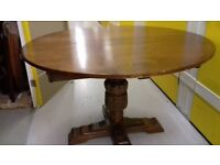 Round dining table,solid oak,extendable,carved,Webber Furniture,VGC,115 -160cm,
