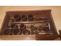 Vintage Apollo The Ferret car motorcycle wood tool box ratchet socket set 1912