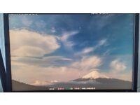 "Samsung SyncMaster 305T 30"" Monitor 2560x1600 - Read Description"