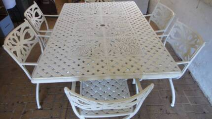 HIGH QUALITY OUTDOOR DINING SETTING - large 7 piece Pymble Ku-ring-gai Area Preview