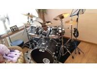 DW Drum Kit 7 Piece + Extras