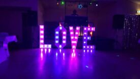 Avalible to hire 4ft love letters