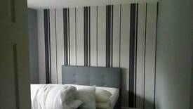 MODERN DOUBLE ROOM/CLOSE TO SHOPPING CENTRE/RAILWAY STATION/ASDA