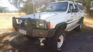 1988 Toyota Hilux 4x4 Dual Cab Oakford Serpentine Area Preview