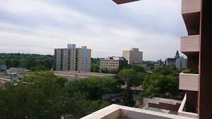 6th Floor River-View Downtown Pet Friendly 2 Bedroom for June!