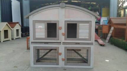 Rustic shabby chic rabbit/ guinea pig/ ferret hutch Skye Frankston Area Preview