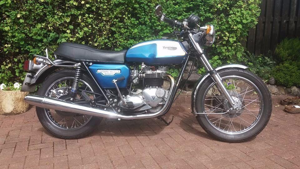 Classic Triumph Bonneville T140 Fully Restored In