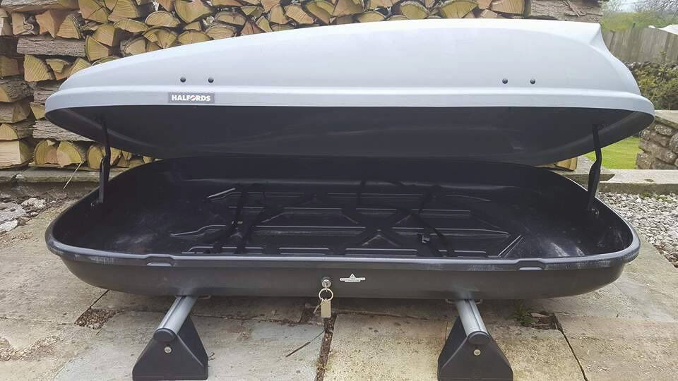 Roof Box And Zafira Roof Bars In Bakewell Derbyshire